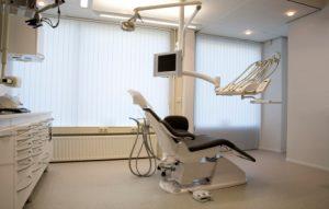 dental implants dentist Gush Etzion, Beit Shemesh And Jerusalem